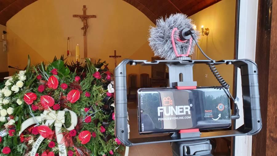 transmisja pogrzebu
